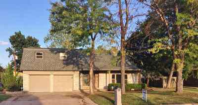 Comanche County Single Family Home For Sale: 17 NW 58th St