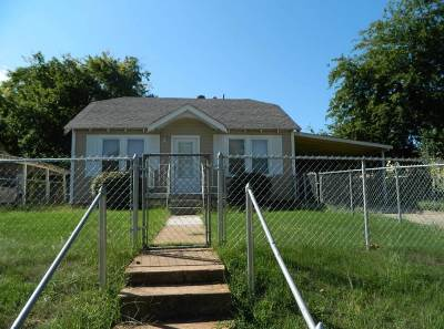 Comanche County Single Family Home For Sale: 412 SW Park Ave