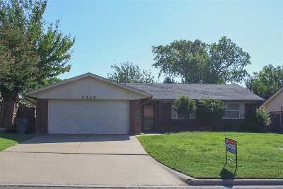 Comanche County Single Family Home For Sale: 2313 NW 78th St