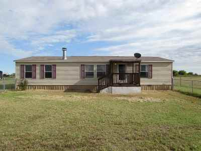 Caddo County Single Family Home Under Contract: 47050 CS 2692