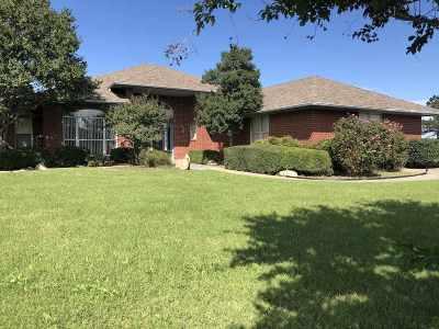 Lawton Single Family Home For Sale: 4524 NE Bly Ln