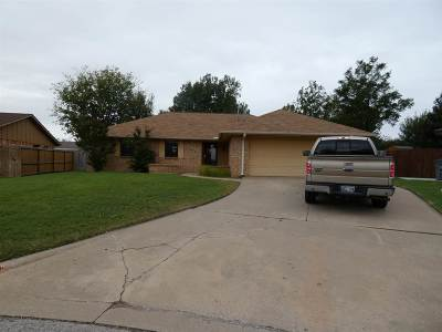 Lawton Single Family Home Under Contract: 1612 NW 78th St