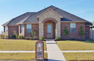Lawton Single Family Home Under Contract: 2197 SW 56th St