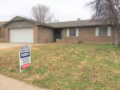 Single Family Home Sold: 5309 NW Rotherwood Dr