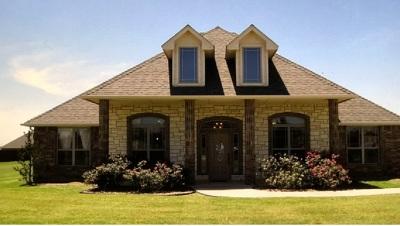 Elgin Single Family Home For Sale: 507 Lantana Pl