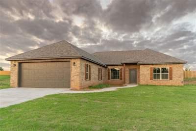 Elgin Single Family Home For Sale: 6 Misty Morning Ln