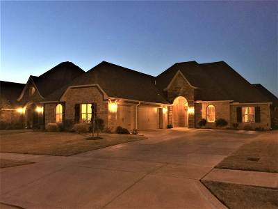 Lawton Single Family Home For Sale: 6807 SW Oakley Ave