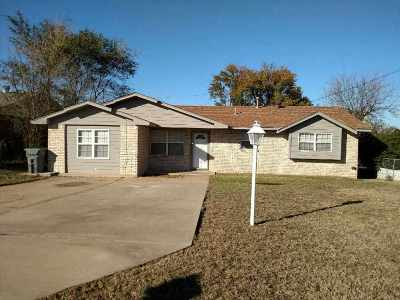 Lawton Single Family Home For Sale: 4803 NW Hoover Ave