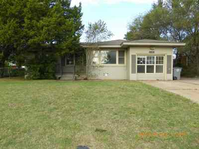 Lawton Single Family Home For Sale: 1630 NW 26th St