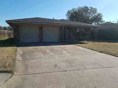 Lawton Single Family Home For Sale: 6427 NW Arrowhead Dr