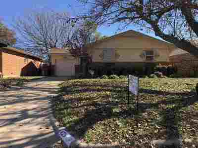 Lawton Single Family Home For Sale: 429 NW 68th St
