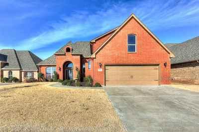 Lawton Single Family Home For Sale: 6805 SW Oakley Ave