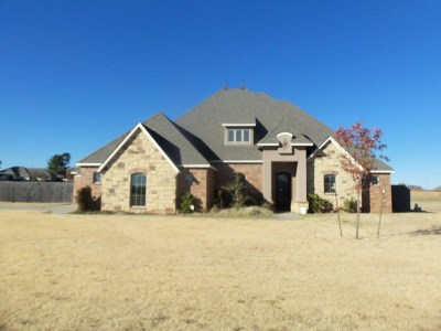 Elgin Single Family Home Under Contract: 205 London Ct