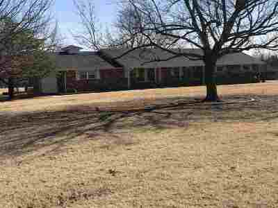 Lawton Single Family Home For Sale: 166 Carrie Rd