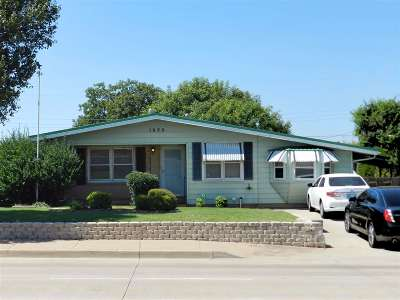 Lawton Single Family Home For Sale: 1620 NW 38th St