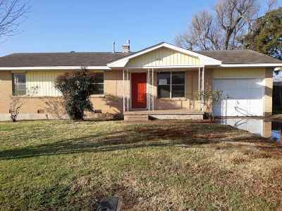 Lawton Single Family Home For Sale: 2206 NW 45th St