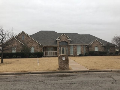 Lawton Single Family Home For Sale: 5014 SW Malcom Rd
