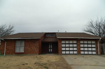 Lawton Single Family Home Under Contract: 7012 SW Winchester Ave