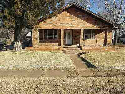 Duncan Single Family Home For Sale: 512 S 9th St