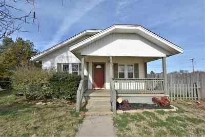 Single Family Home Under Contract: 303 W Shields Ave