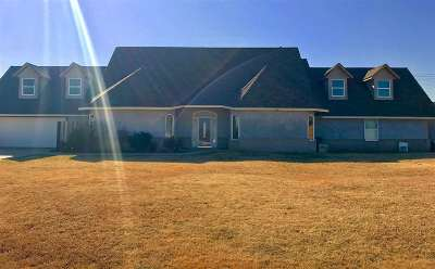 Lawton Single Family Home For Sale: 231 Landon Ln