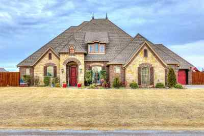 Lawton Single Family Home Under Contract: 949 NE Rock Ridge Rd