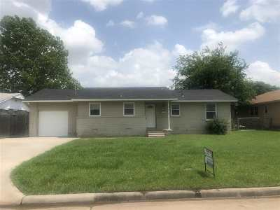 Lawton Single Family Home For Sale: 4528 SW Beta Ave