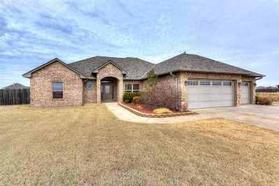 Lawton Single Family Home For Sale: 8542 SW Sun Valley Dr