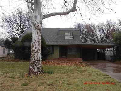 Lawton Single Family Home Under Contract: 1329 NW Cherry Ave