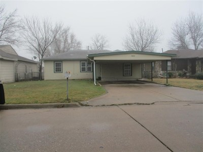 Lawton Single Family Home For Sale: 1806 NW Lincoln Ave