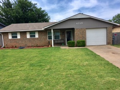Single Family Home For Sale: 4713 SE Sunnymeade Dr