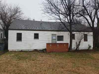 Lawton Single Family Home Under Contract: 1712 & 1712 1/2 NW Ferris Ave