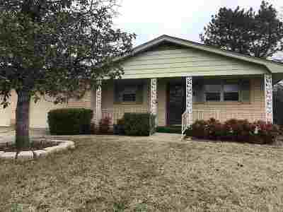 Lawton Single Family Home For Sale: 734 SE 41st St