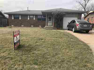 Lawton Single Family Home For Sale: 406 NW 57th St