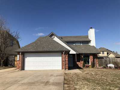 Lawton Single Family Home Under Contract: 8101 SW Boatsman Ave