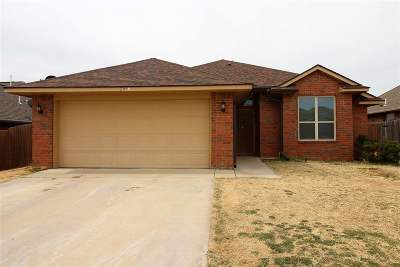 Lawton Single Family Home For Sale: 2059 SW 45th St