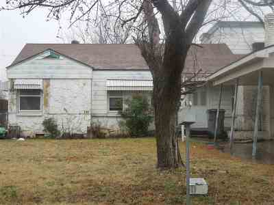 Lawton Single Family Home For Sale: 2122 NW Arlington Ave