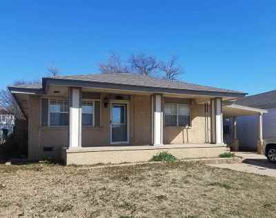 Lawton Single Family Home For Sale: 903 W Gore Blvd
