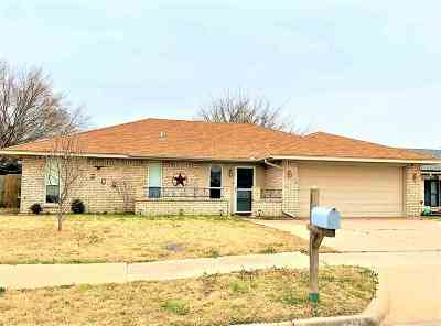 Lawton Single Family Home For Sale: 7306 NW Andrews Ave