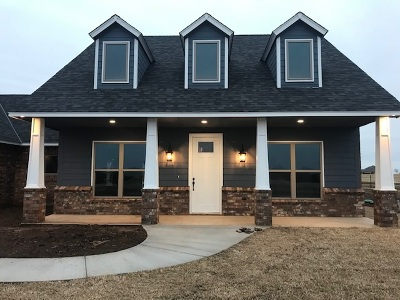Comanche County Single Family Home For Sale: 13020 NE Clearwater Cir