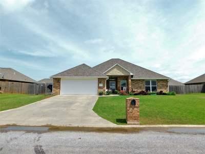 Comanche County Single Family Home For Sale: 1205 Brandi Dr