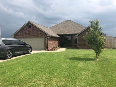 Comanche County Single Family Home Temporary Active: 11202 NE Jere Layne