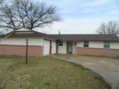 Lawton Single Family Home For Sale: 4210 SE Bedford Dr