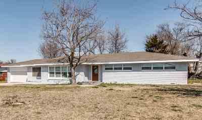 Lawton Single Family Home For Sale: 4004 SE Lee Blvd