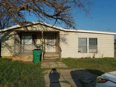 Cache Single Family Home For Sale: 310 N 5th St