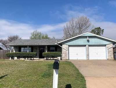 Lawton Single Family Home For Sale: 125 SW 75th St