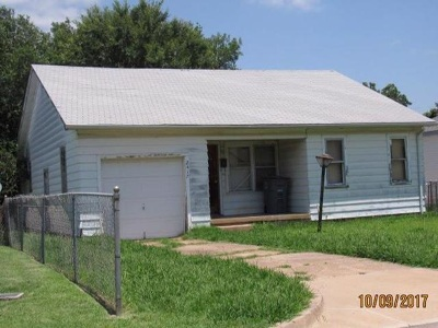 Lawton Single Family Home For Sale: 2417 SW B Ave