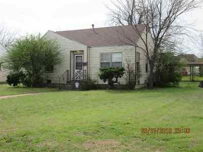 Lawton Single Family Home For Sale: 1816 NW Arlington Ave