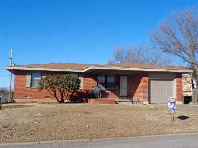 Lawton Single Family Home Under Contract: 1606 NW 48th St