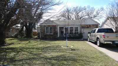 Duncan Single Family Home Under Contract: 2004 W Ash Ave
